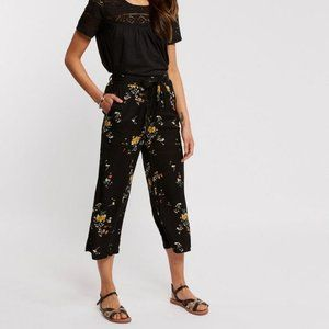 Fat Face Relaxed Cropped Floral Pants